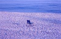 Chair that sees sea  海を見るイス ⓒToshihiko Shibano