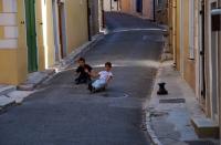 Children on the skatebord (Puyloubier)スケ坊達 ⓒToshihiko Shibano