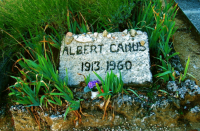 Tomb of Albert Camus アルベール・カミュのお墓 ⓒToshihiko Shibano カミュのお墓は信じられないほど質素だった。1960年自動車事故で没。