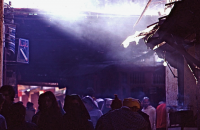The gate of  Medina  メディナ(旧市街)の出入り口付近 「世界最大の迷路」の出入り口付近にはたくさんのお店が並んでいる。 ⓒToshihiko Shibano