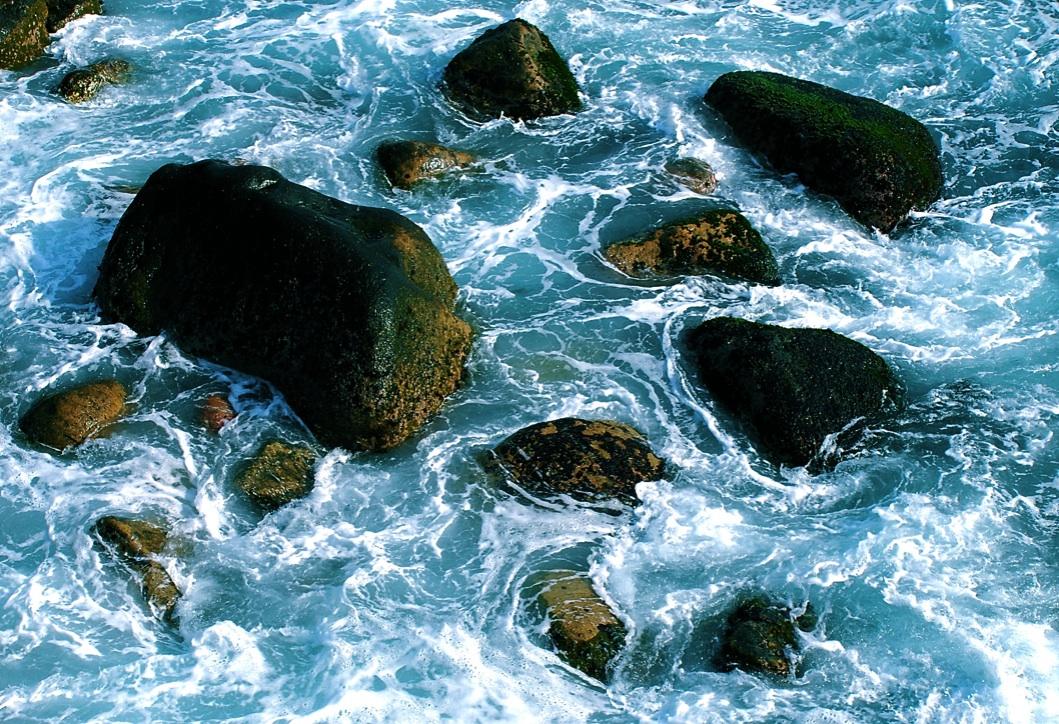 潮と岩の模様 The pattern of tide and a rock  ⓒToshihiko Shibano