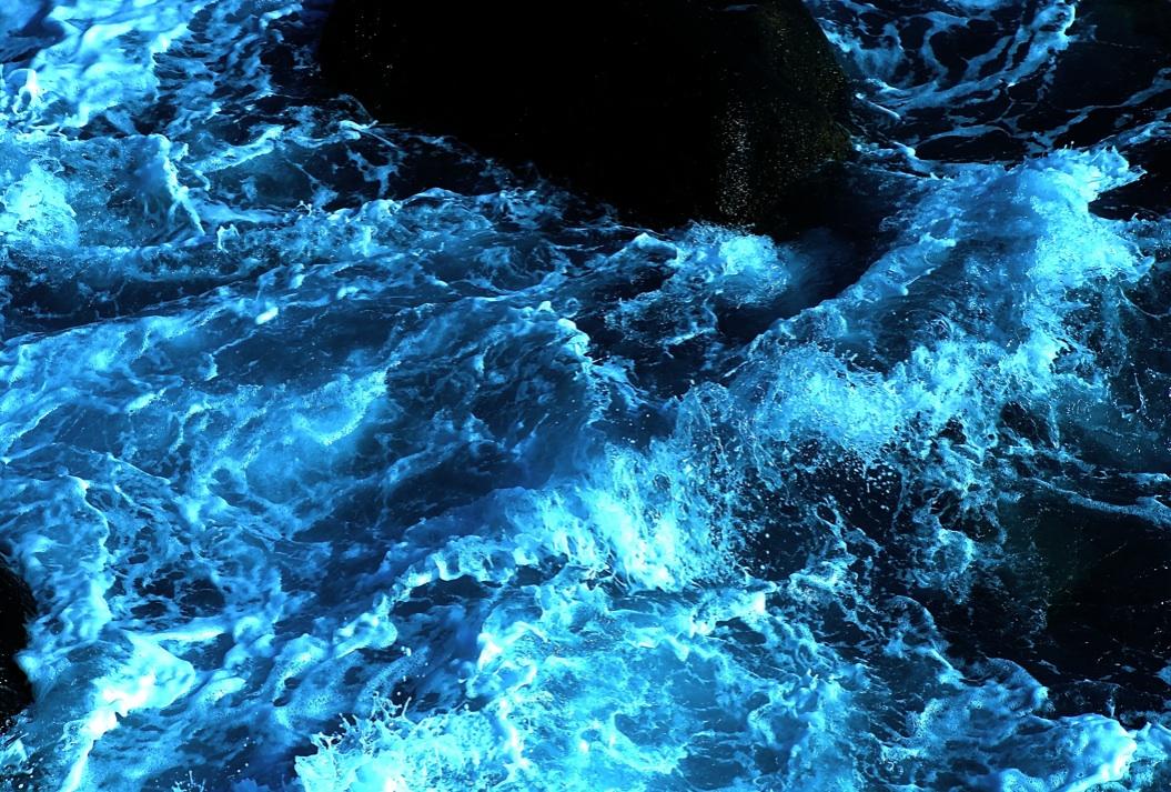 水の形 Transformatioin of water  ⓒToshihiko Shibano
