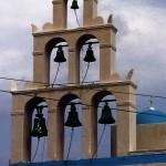 教会の鐘 Church bells  島内に300以上あるといわれている  ⓒToshihiko Shibano